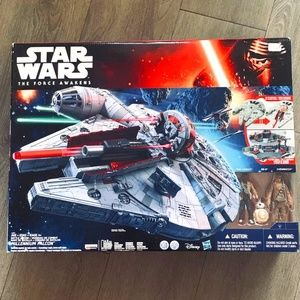 Star Wars The Force Awakens  -  Millennium Falcon